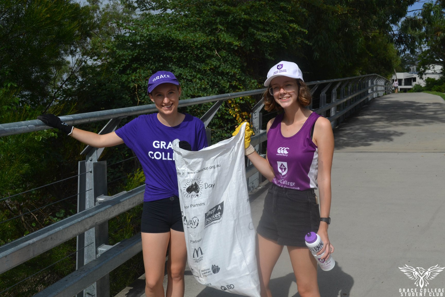 2 residents cleaning up Australia