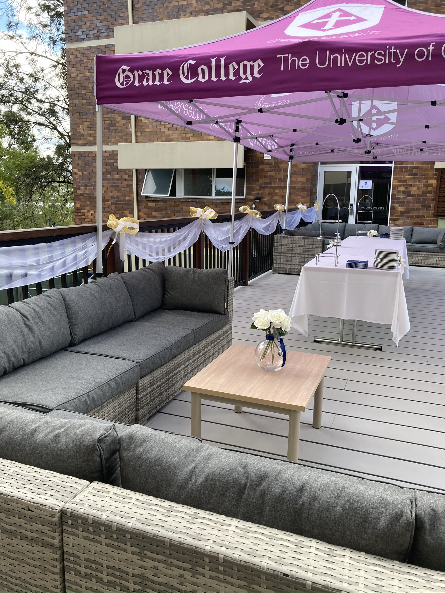 Deck set with buffet table and lounge